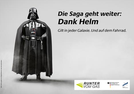 Vehrkehrssicherheit: Star Wars-Figur Darth Vader motiviert zum Helmtragen Bild