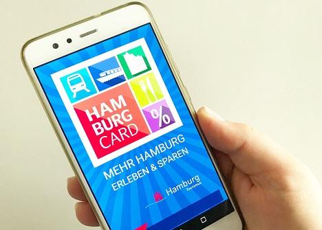 Die App zur Hamburg Card steht seit kurzem zum kostenlosen Download in den Stores für iOS- und Android-Geräte bereit; Foto: Alena Schubert